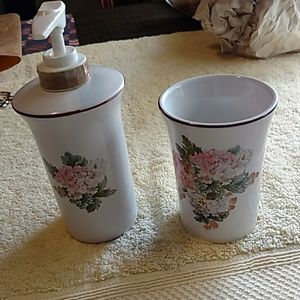 Soap pump and matching water cup